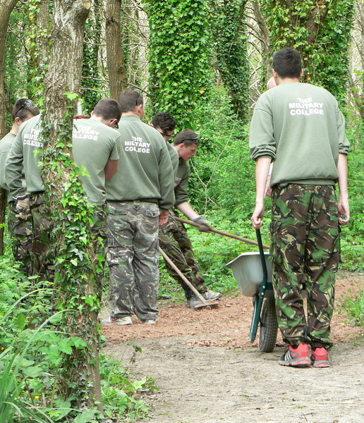 More help from ryde mpct students play lane millennium green for Meadowlark load board